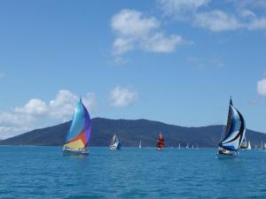 spinnaker_sailing_yachts